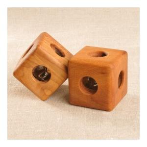 Леснушки: Кубик с бубенцом буковый