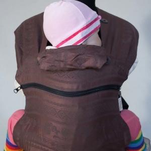 Слинг-рюкзак Карауш Adel Chocolate растущий стандарт