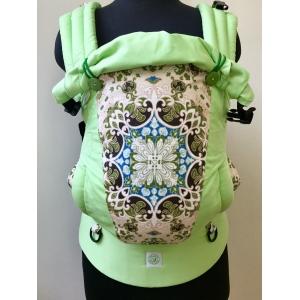Зеленые орнаменты и салатовый эргорюкзак Алое Simply (кроха)